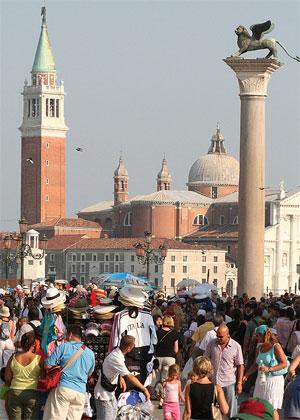 Хаотичный туризм вызвал кризис в Венеции