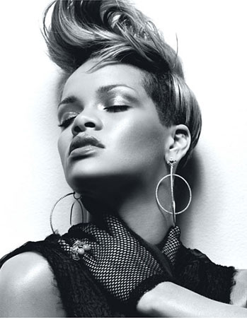 голая Рианна (Rihanna)